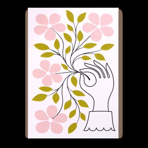 Postkarte Lagom Blumenstrauß in der Hand