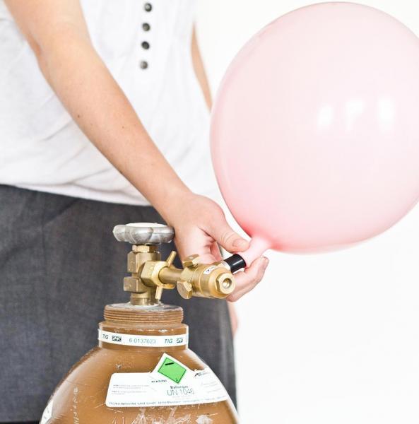 Heliumfüllung pro Ballon