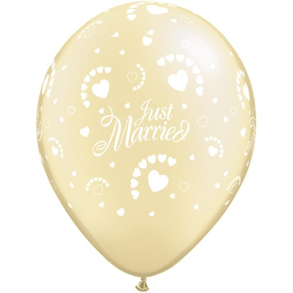 Just Married Hearts Pearl Ivory bedruckter Ballon
