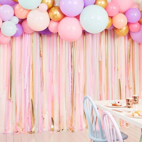 Pastel Streamer und Ballon Backdrop